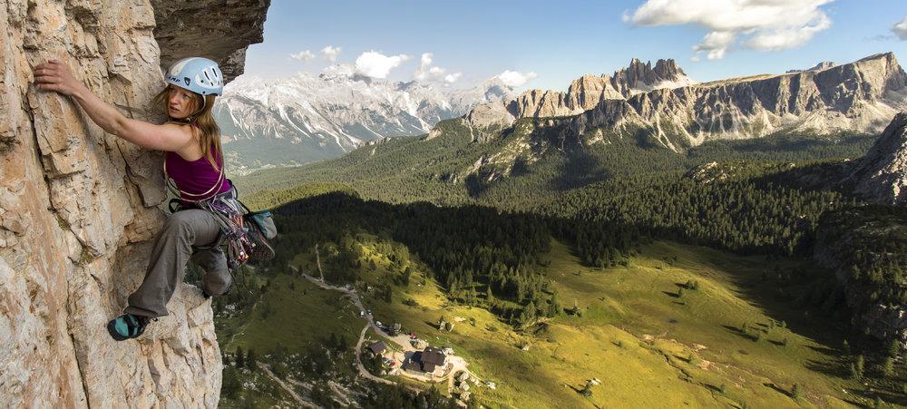 Lynne Hempton climbing the classic 'Myriam' at Cinque Torri, 167 kb