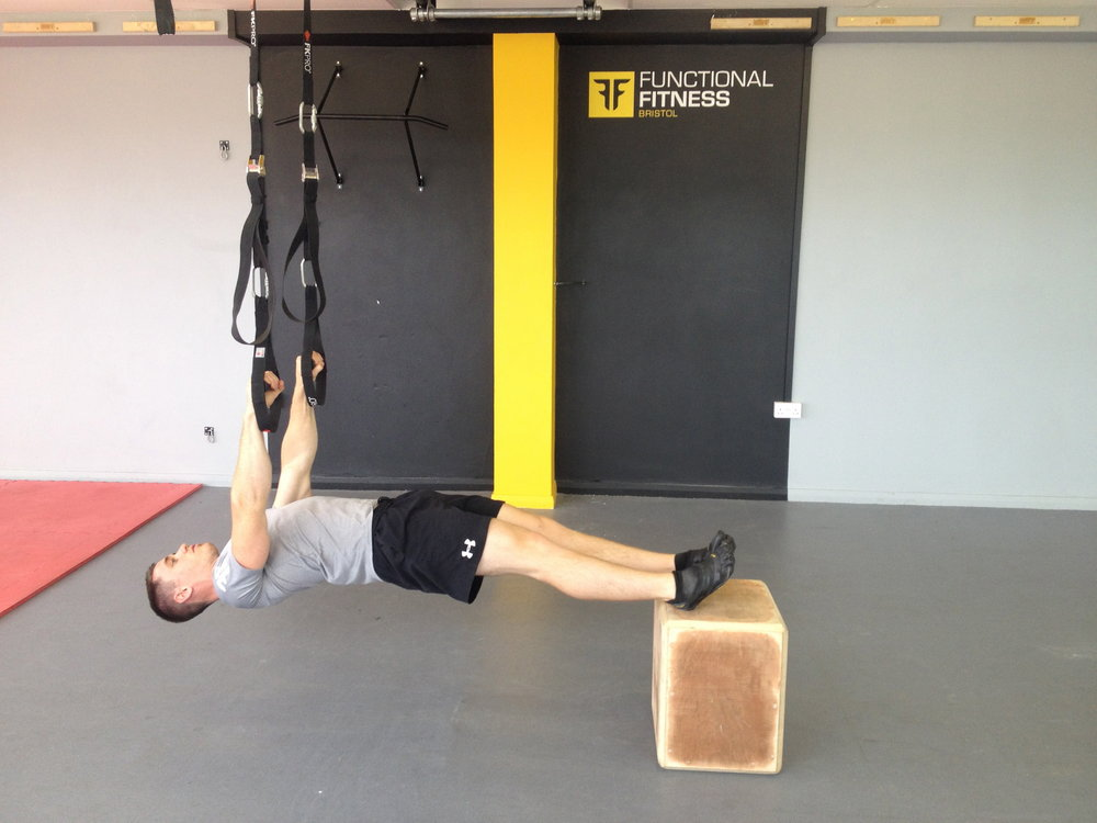 Hanging back plank with box, 83 kb