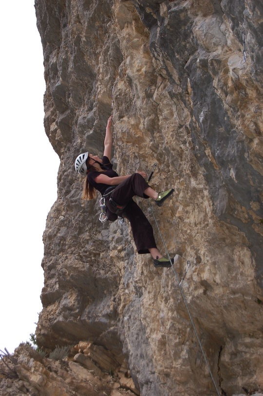 Ashleigh Naysmith, Chateau 3rd Bay, Destruction 7b+, 127 kb