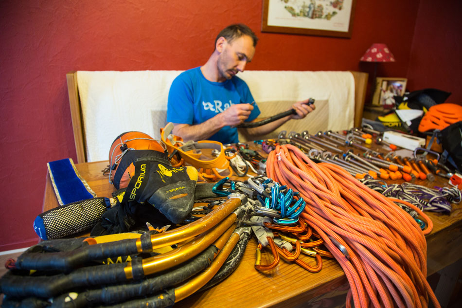 French Mountain Rescue Professional Jeff Mercier sorts his gear for Kandersteg, 187 kb