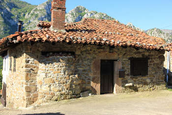 Casa Quiros Holiday Cottage