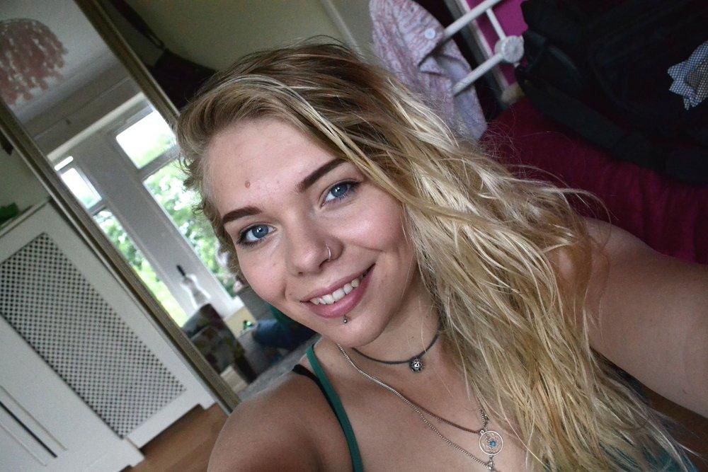 Hannah Wilson, 119 kb