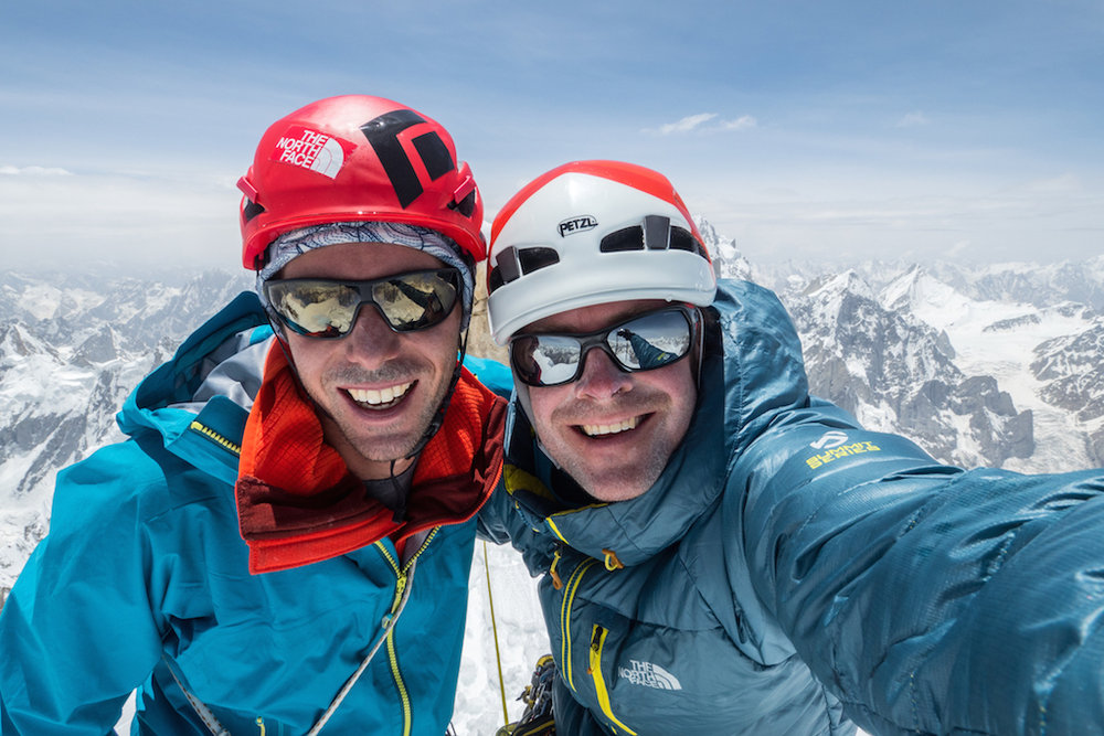 Andy and Jon next to the Western Summit of Link Sar, 166 kb