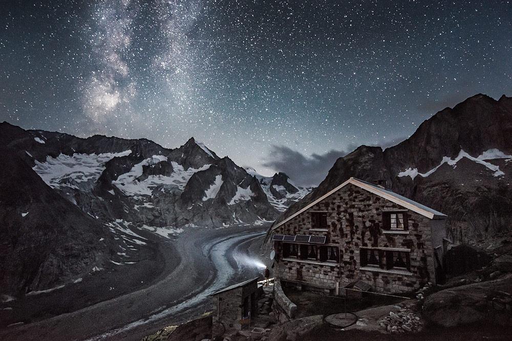 Oberaletsch Hut under the Milky way, Switzerland, 211 kb