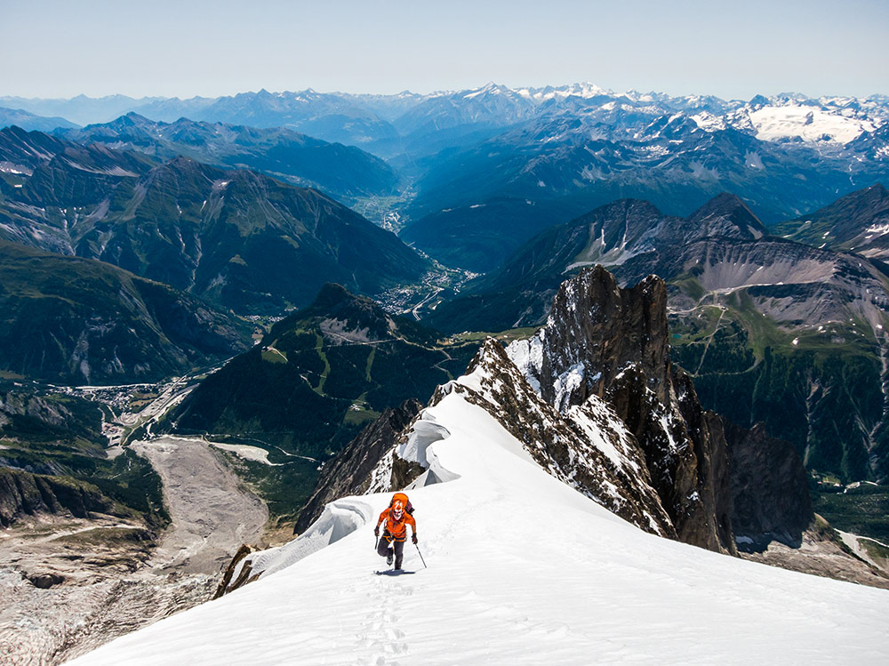 Ally Swinton on the Peuterey Blanche of the Peuterey Integrale, Mont Blanc, Italy, 227 kb