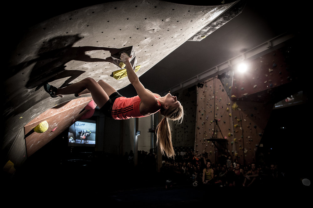 Shauna Coxsey at the La Sportiva Legends Only 2015, 123 kb
