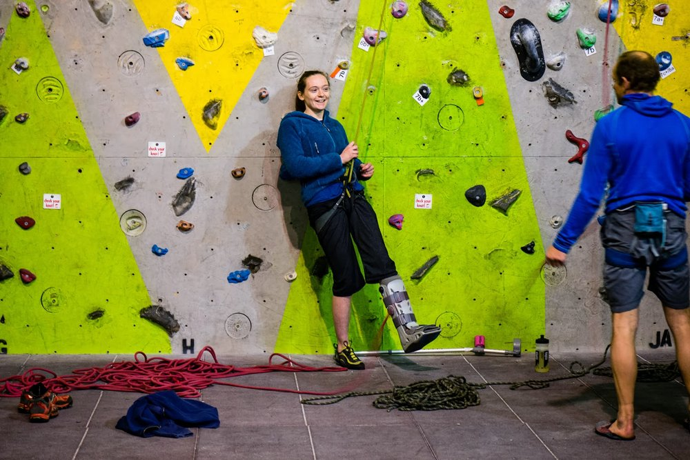 Lisa not letting an injury keep her away from the wall!, 145 kb