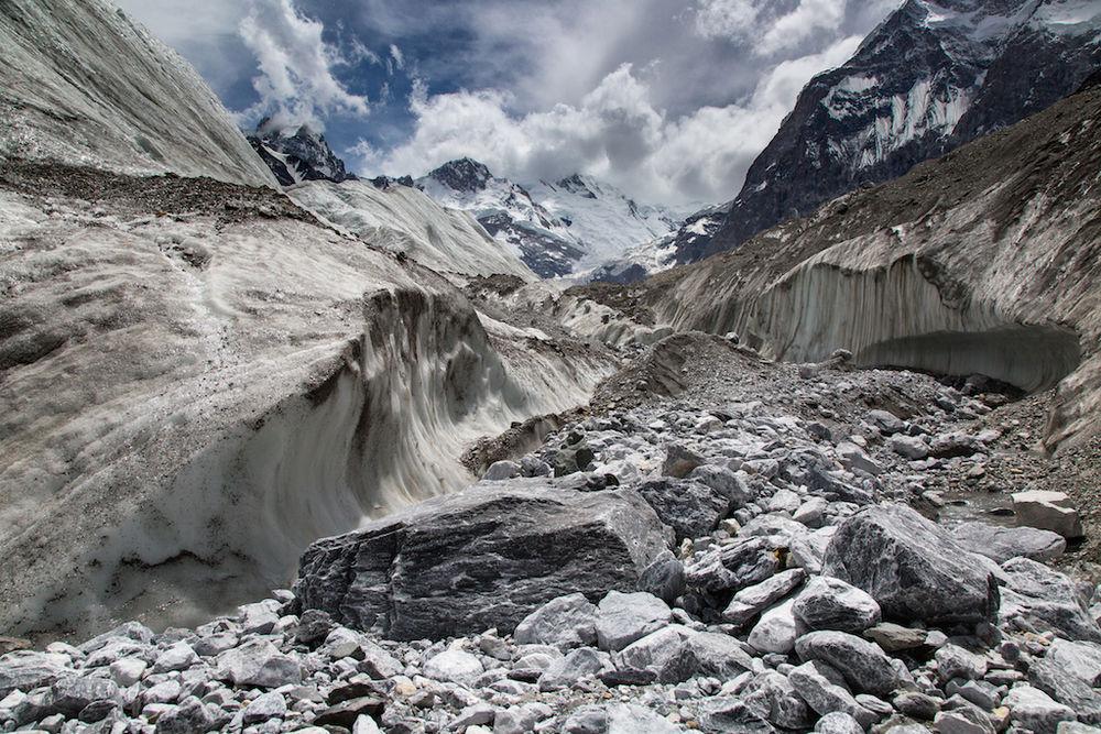 Karakoram Anomaly Project, 215 kb