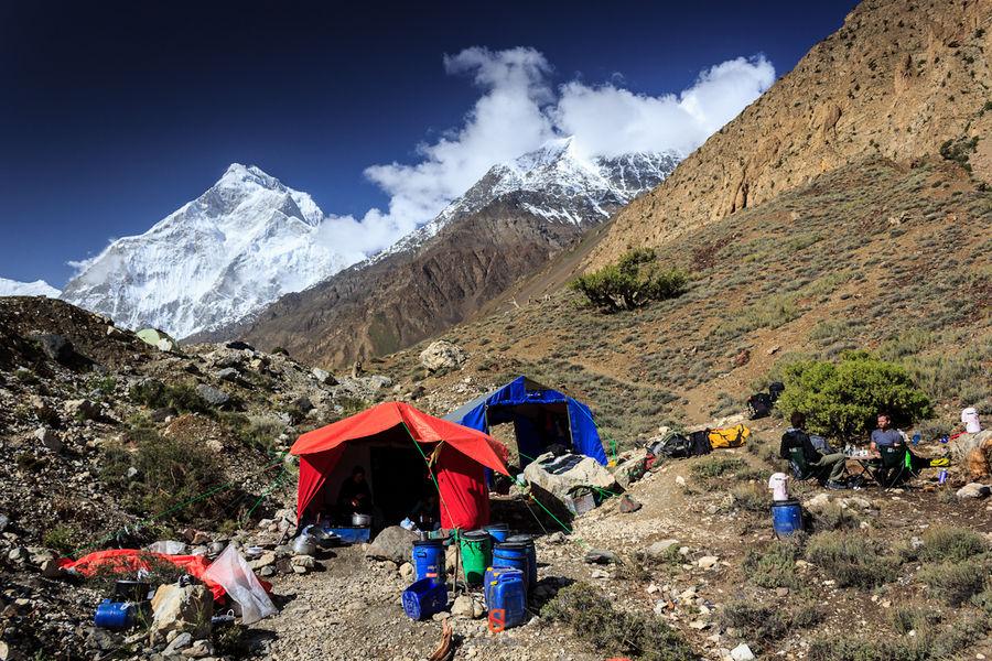 Base Camp on Yulshin's western lateral moraine. © Sergiu Jiduc  Karakoram Anomaly Project., 222 kb