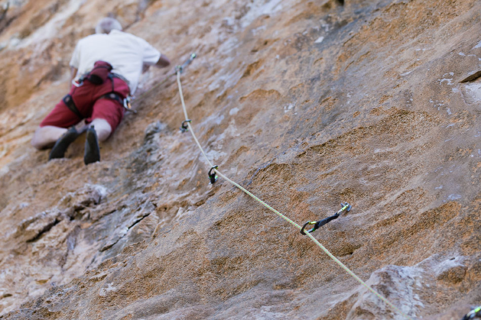 Beal Booster III 9.7mm rope in use, 199 kb