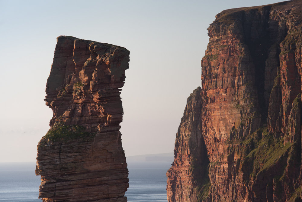 The Old Man of Hoy, with St. Johns Head in the background, 141 kb