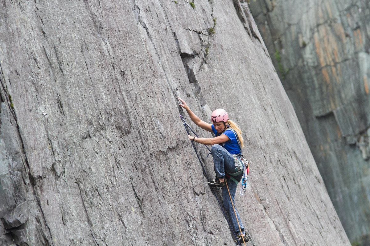 Fani Kousipetkou (Greece) on Seams the Same © UKC News