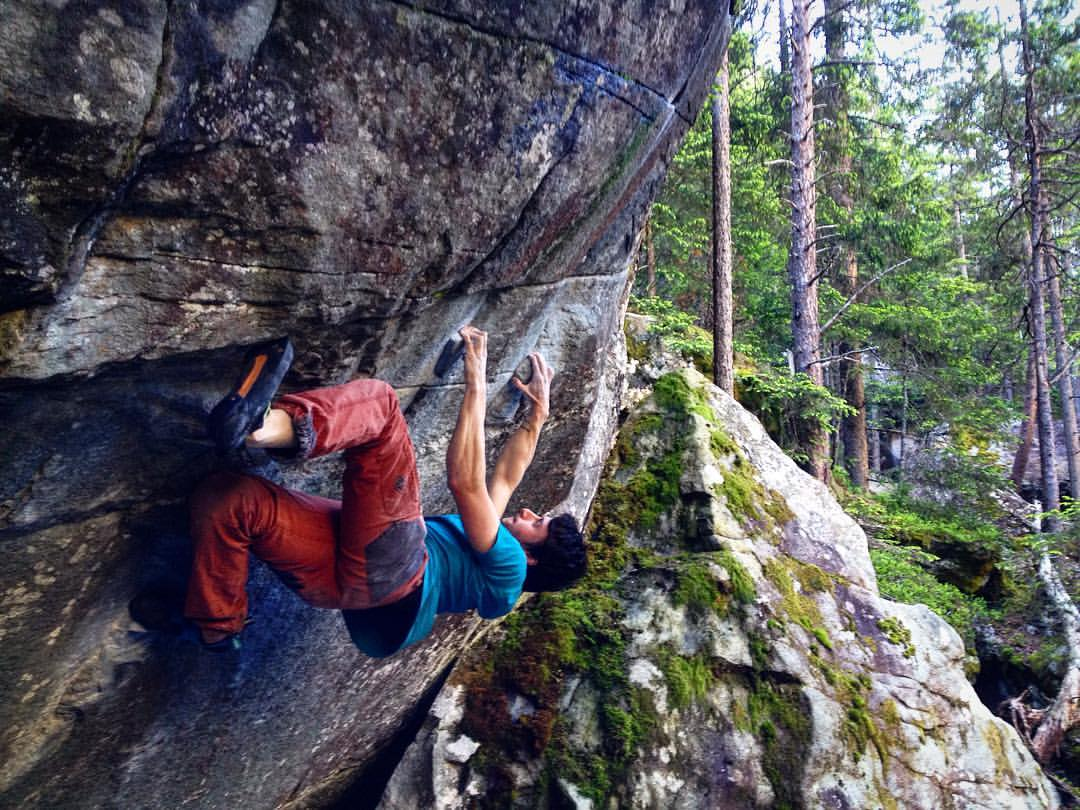 Nathan Phillips on Mystic Styles 8B+, 154 kb
