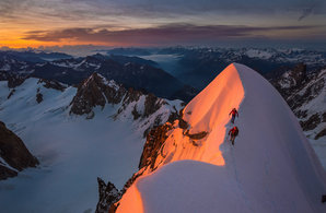 [Jon Morgan and Paul Cornforth on the Kuffner Ridge © Ben Tibbetts]