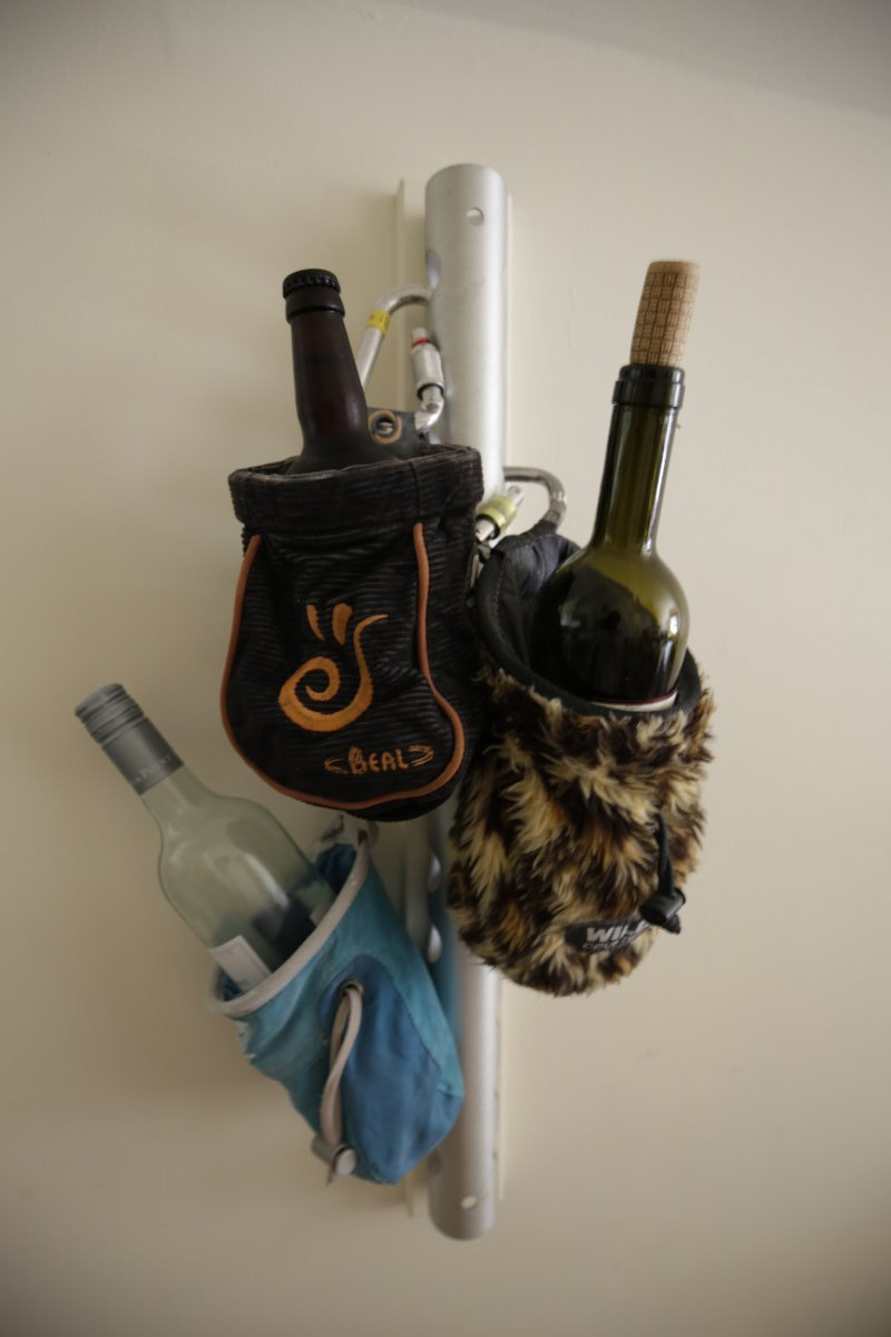 Chalkbag wine rack, 86 kb