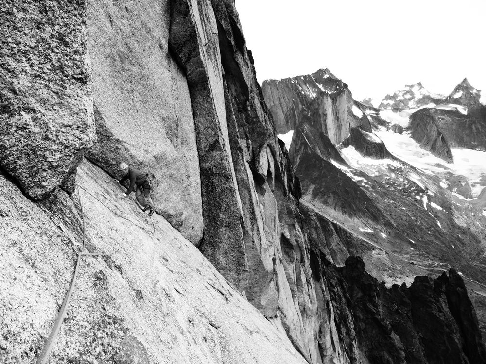 Pitch 6 of Grmoland on Ketil Pyramid, on possibly the second ascent, 206 kb