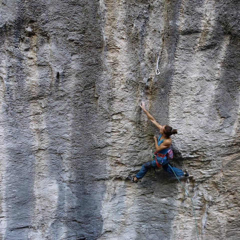 Kajsa Rosén on Hot Chili X, 8c, Gorges du Loup, France, 218 kb