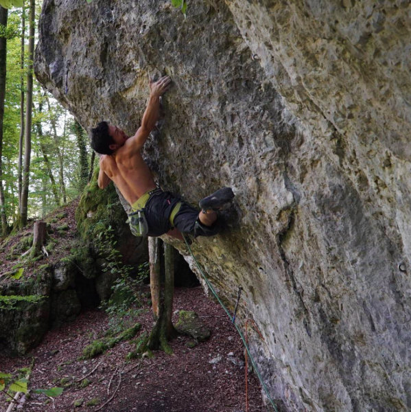 Dai Koyamada on Underneath everything, 8c+, Frankenjura, Germany, 131 kb