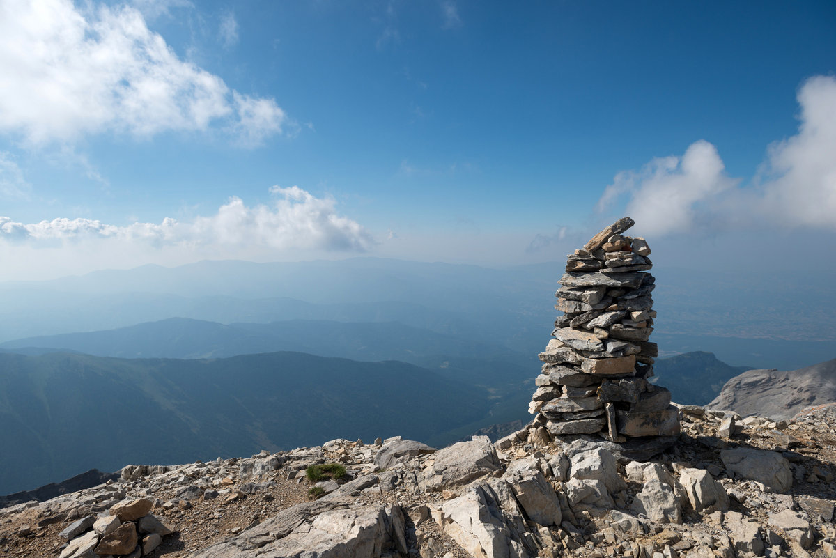 The highest point in Greece, 187 kb