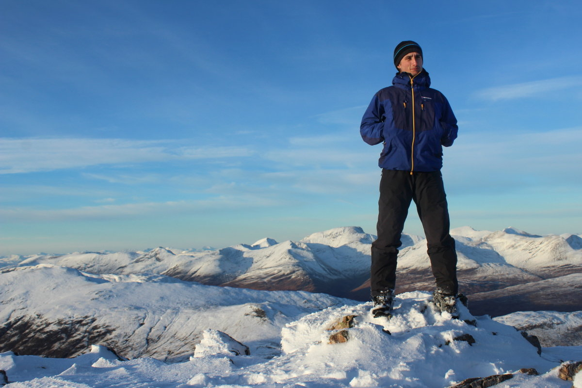 On top of the Buachaille in the Endurance Pro jacket & Alpine Pro Pants, 141 kb