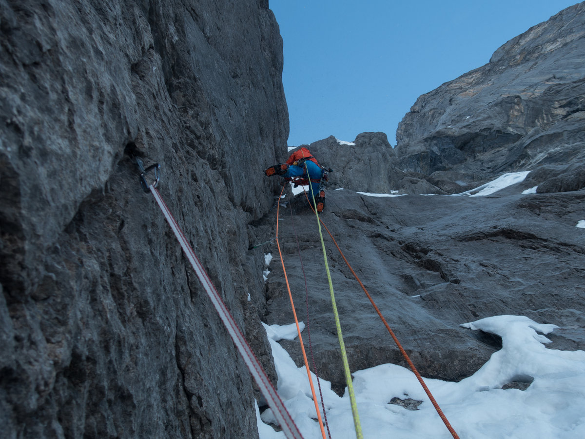Stephan Siegrist climbing on the last slab pitch before the  Hinterstoisser Traverse, 261 kb