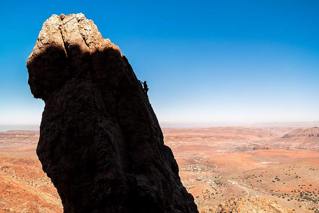 Tuske: a severe (felt more VD though) on the pinnacle at Boar Walls very near to the Kasbah , 193 kb