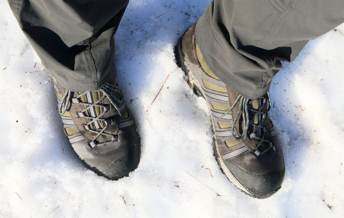 Warm and waterproof - a good shoe for wet or wintry weather (but not full-on winter walking), 204 kb
