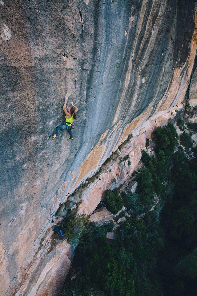 Babsi Zangerl on Chikane, 8c+, Siurana, Spain, 165 kb