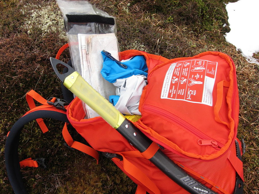25 litres is tight for a winter load, so you'll be stuffing things in hard: a burlier zip might have been good, 165 kb