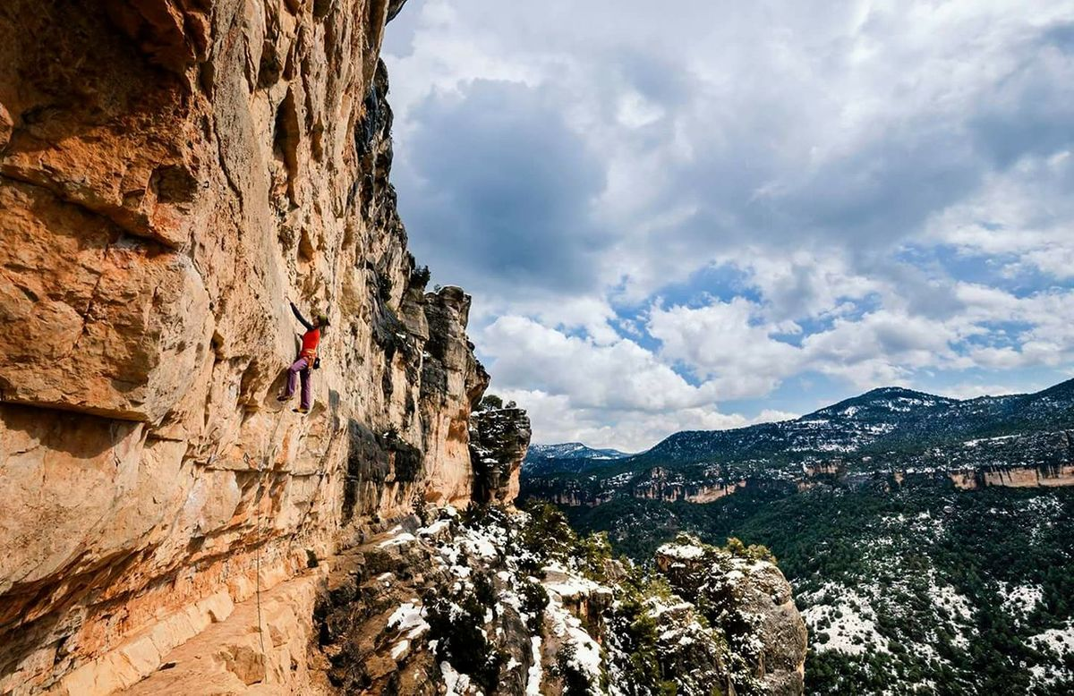 Stop and read a few moves ahead to assess what's coming. Siurana, Spain, 225 kb