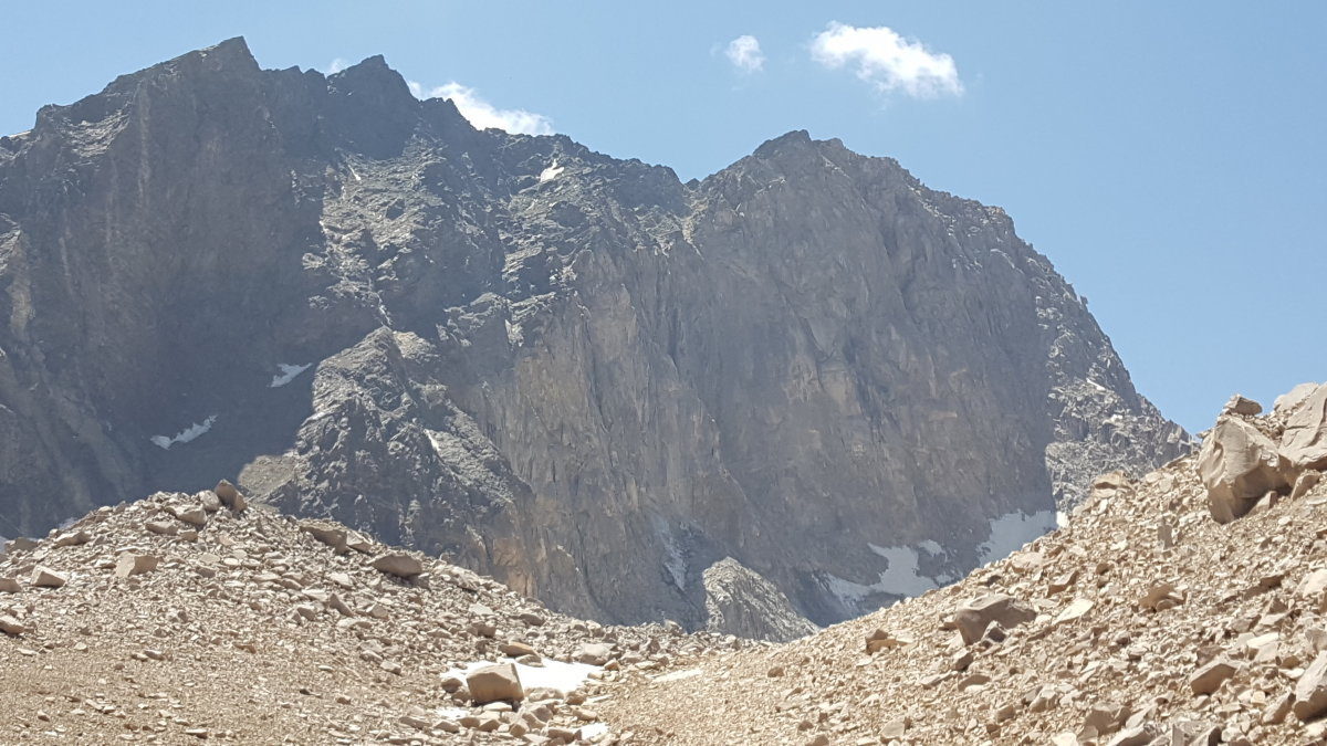 Alam Kooh's north face, 178 kb