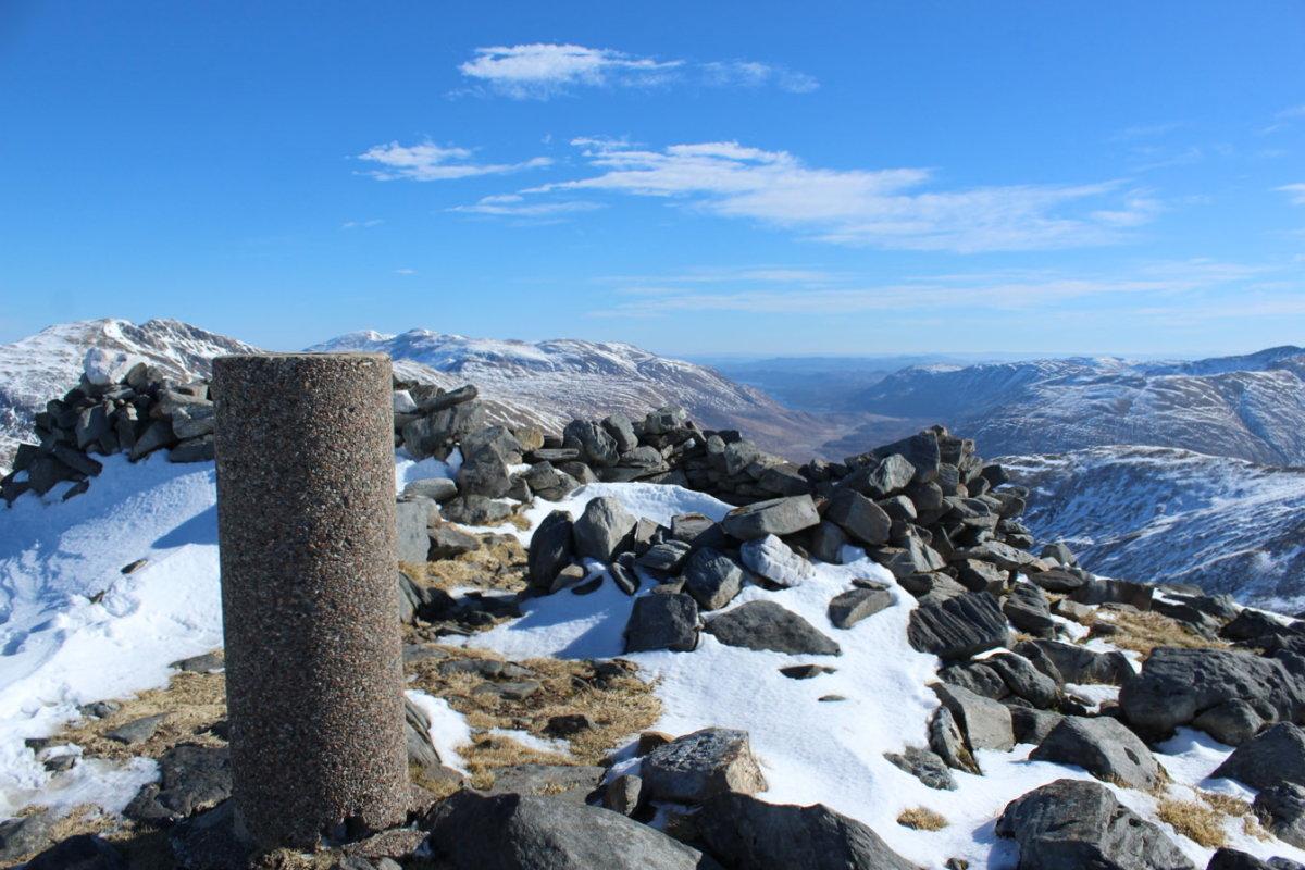 The summit of Beinn Fhada, 195 kb