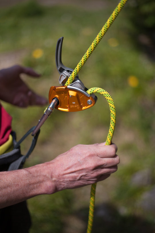 Assisted Breaking Belay Device Review - Petzl GrigriPlus 6, 75 kb