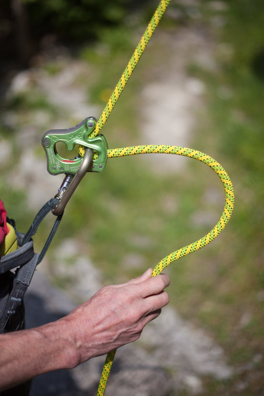 Assisted Breaking Belay Device Review - CT Click Up 5, 82 kb