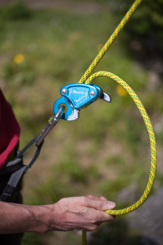 Assisted Breaking Belay Device Review - CAMP Matik 3, 78 kb