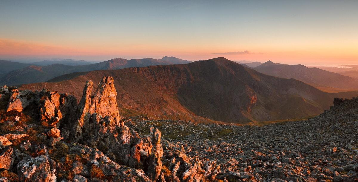 Carnedd Dafydd and the mountains of northern Snowdonia from Carnedd Llewellyn , 189 kb