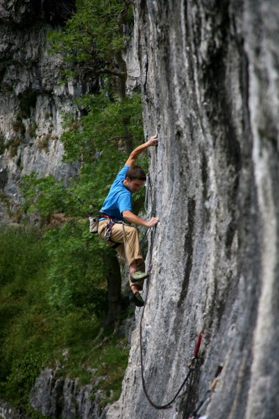 Author on Free and Easy 7c at Malham. A traversing route, possibly easier to catch a foot and invert?, 64 kb