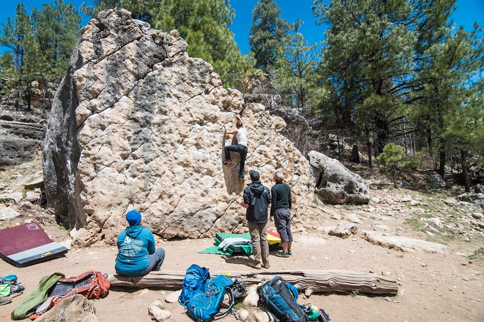 Bouldering outdoors adds an extra benefit: nature. © UKC Articles