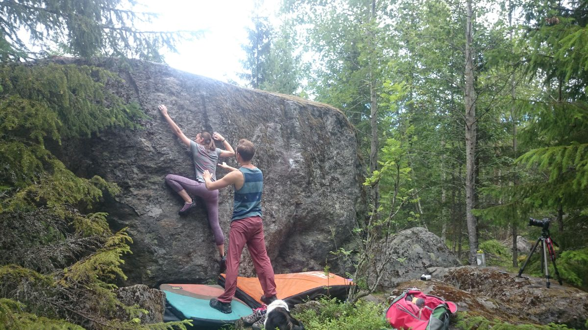 Emily Slater with local guide Fredrik Niva, 220 kb