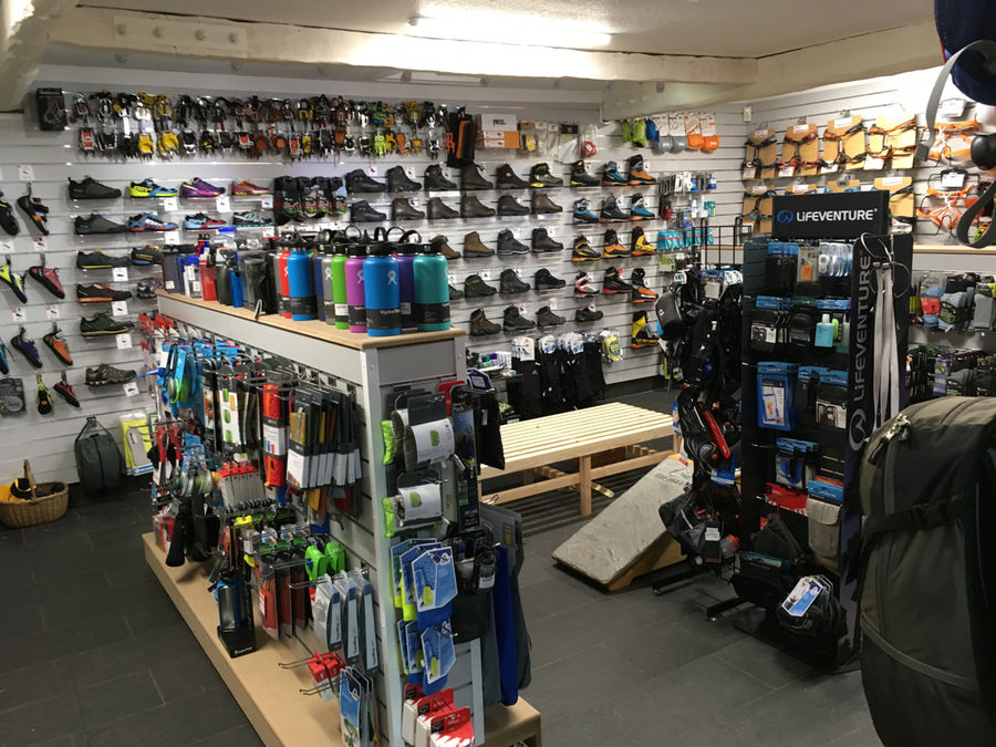 The new and improved Capel Curig shop, 164 kb