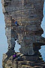 [Beautiful crossbedded sandstone :) © Graeme Ting]
