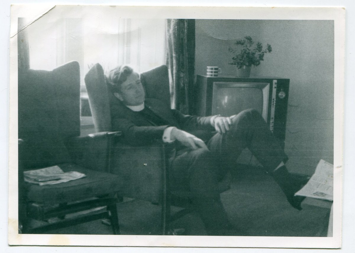 Bob in relaxed mode after church, 128 kb