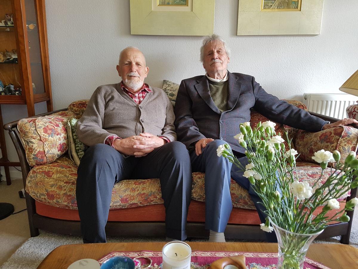 John Ross (left) and John Cullen (right), 212 kb