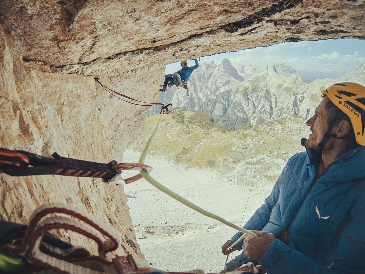 Jacek climbing the crux pitch, 214 kb
