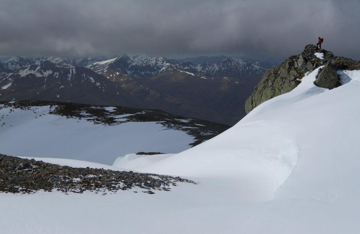 The Glen Shiel peaks from Mam Sodhail, 104 kb