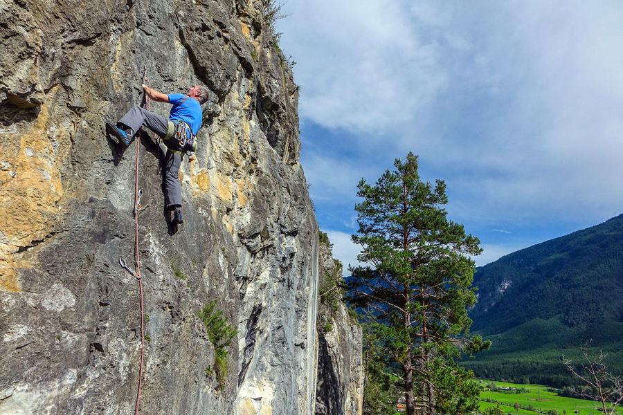 Walchenbach Via de Guide 4b, 187 kb
