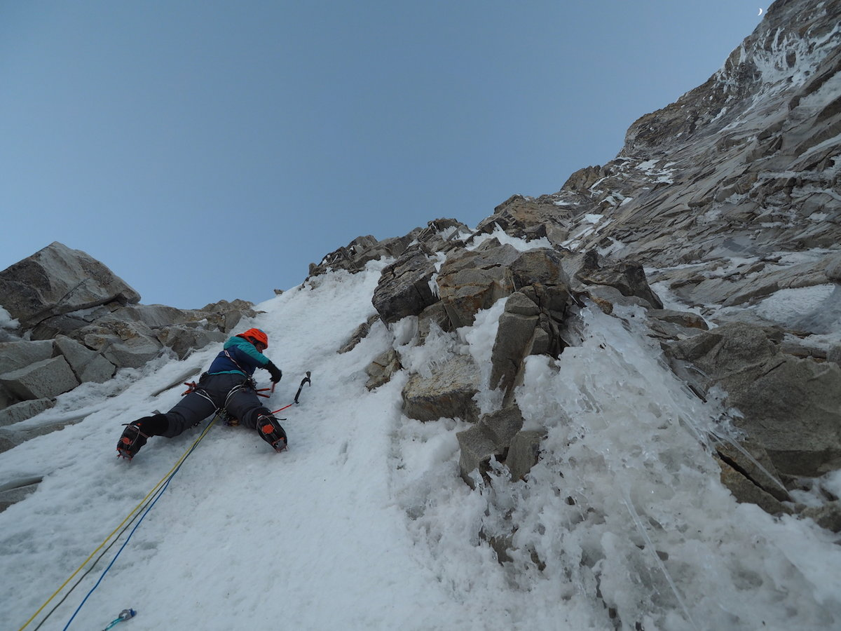 Day 2: Hélias takes on the pillar. Grade 5/5+ © UKC News