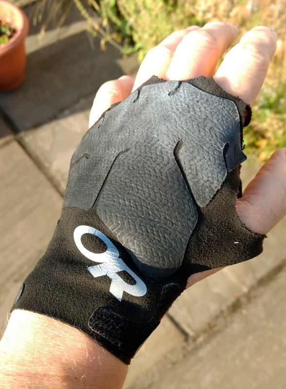 Ukc Gear Review Crack Gloves From Or And Ocun