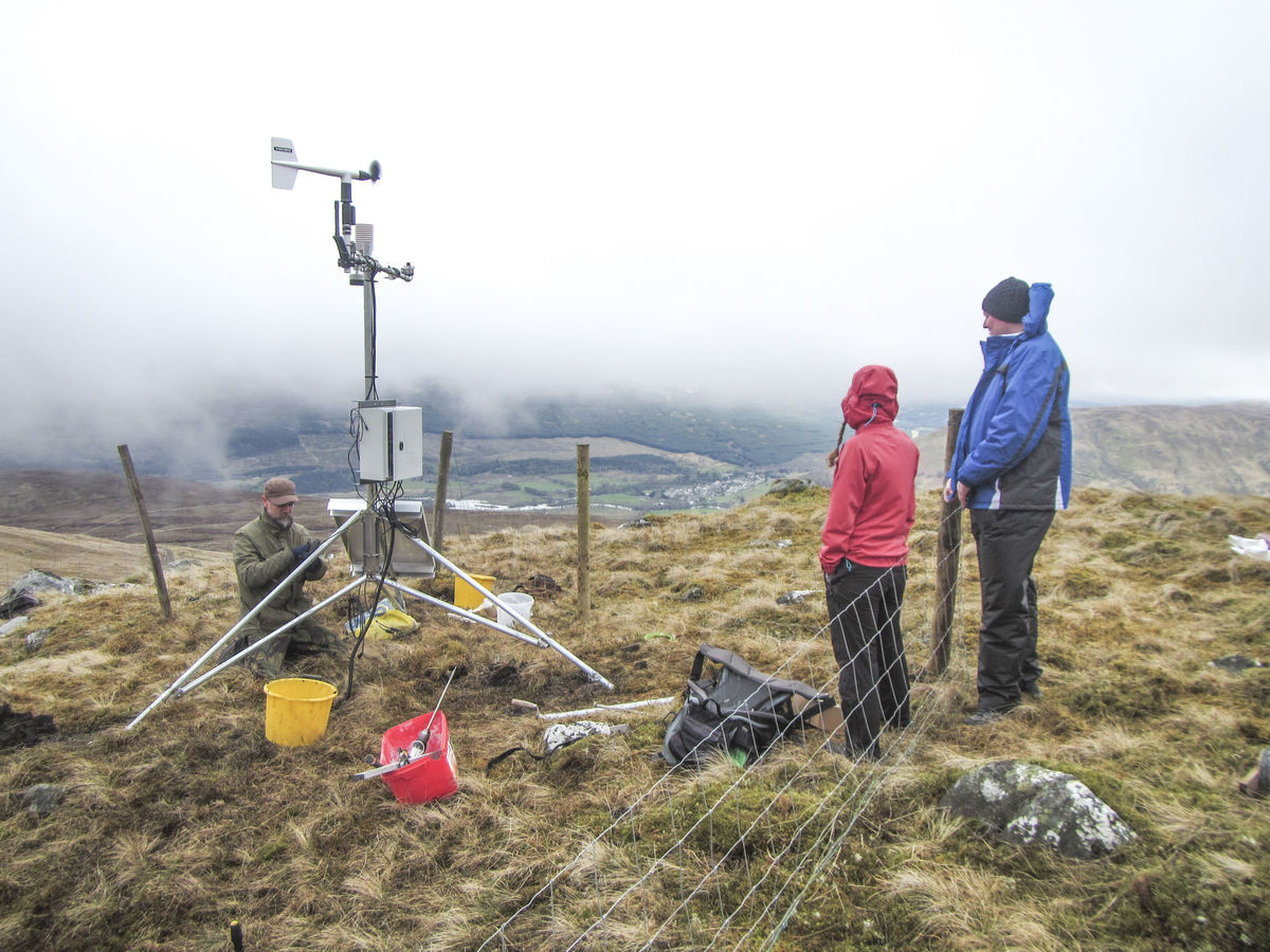 The new weather station being set up © UKC News