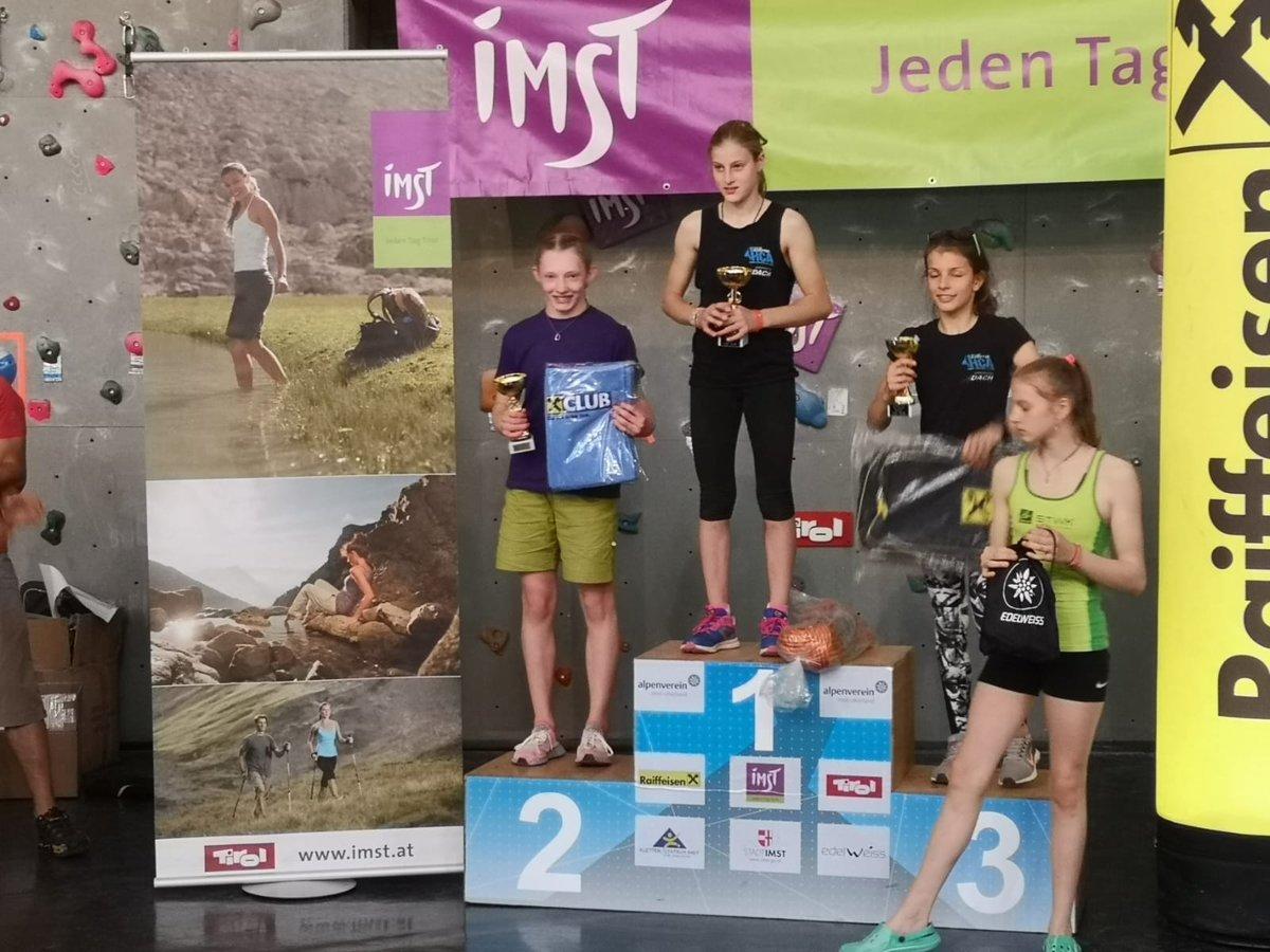 Hannah Kerr on the podium. © UKC News